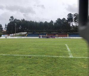 Minuto de silêncio em memória de Ibraim Silva no Desportivo de Monção vs Limianos